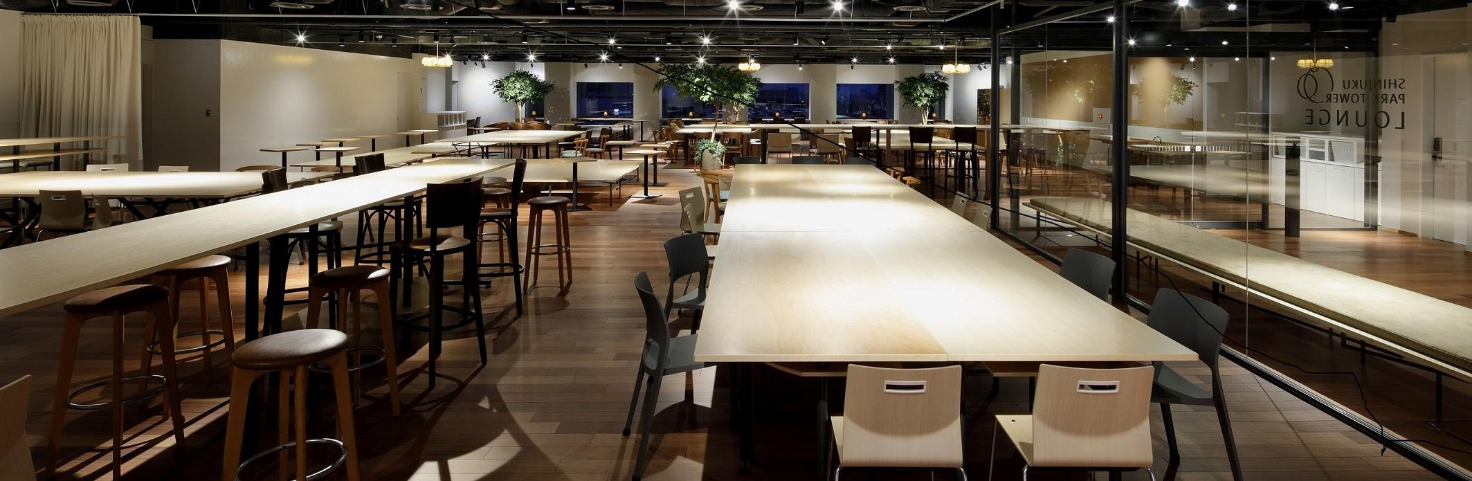 【オフィスビル共用部】新宿パークタワーラウンジ企画設計